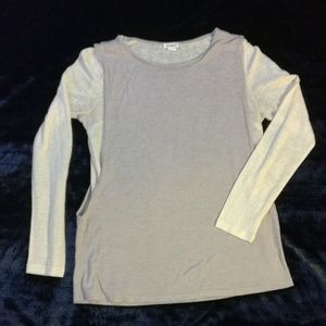 Love riche long sleeve knit top size M